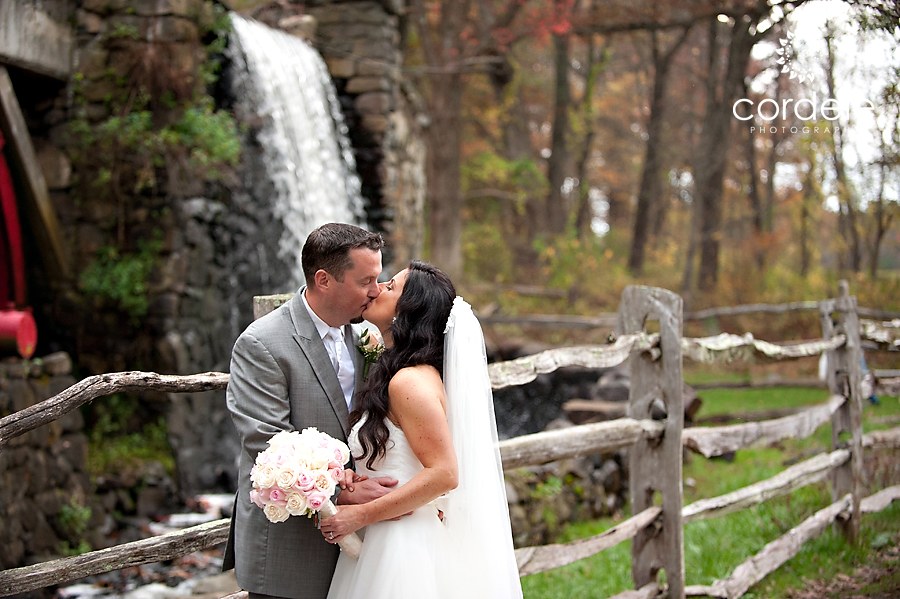 Fall Wayside Inn Wedding Photos